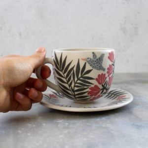 Tasse oiseau et sous-tasse fleurie